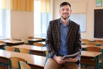 מורה בבית הספר