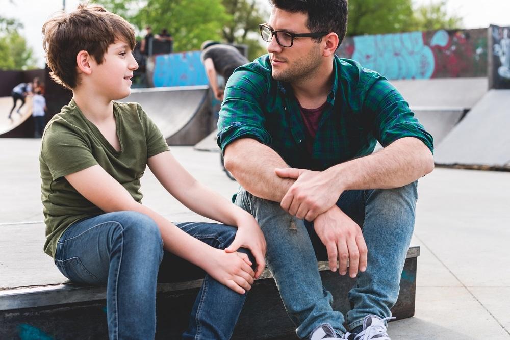 שיחה מבוגר ילד